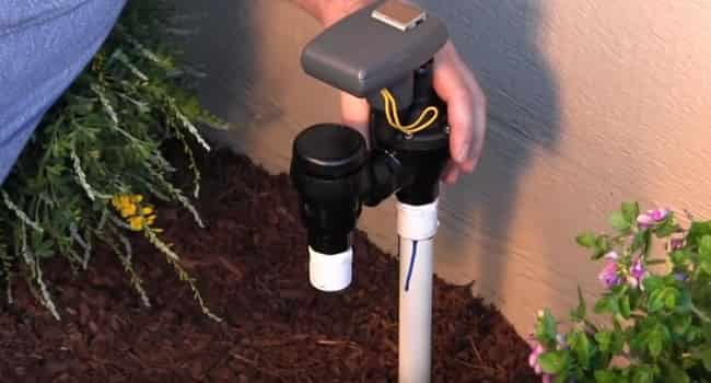 How does an anti-siphon valve work