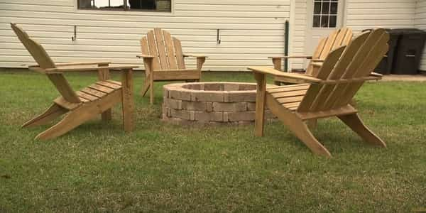 Important things to consider when to buy the best fire pit chairs